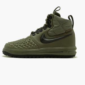 New mens sz8 Lunar Force duck boots military green NWT